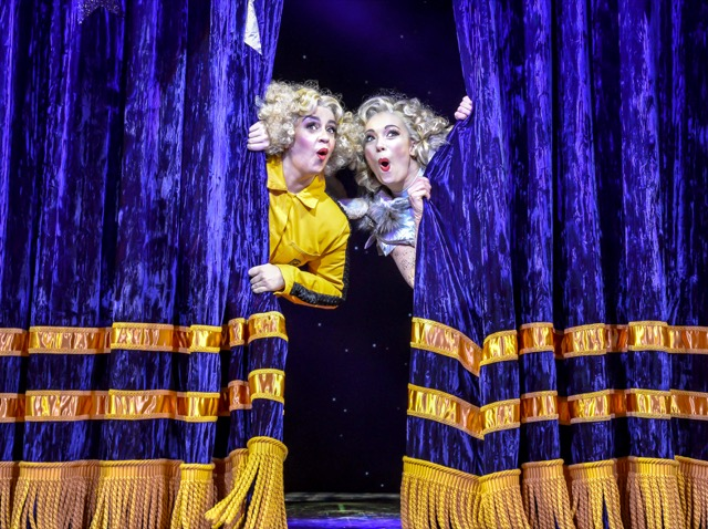 Mischief Theatre's Magic Goes Wrong at the West End's Vaudeville Theatre, December 2019. © Robert Day