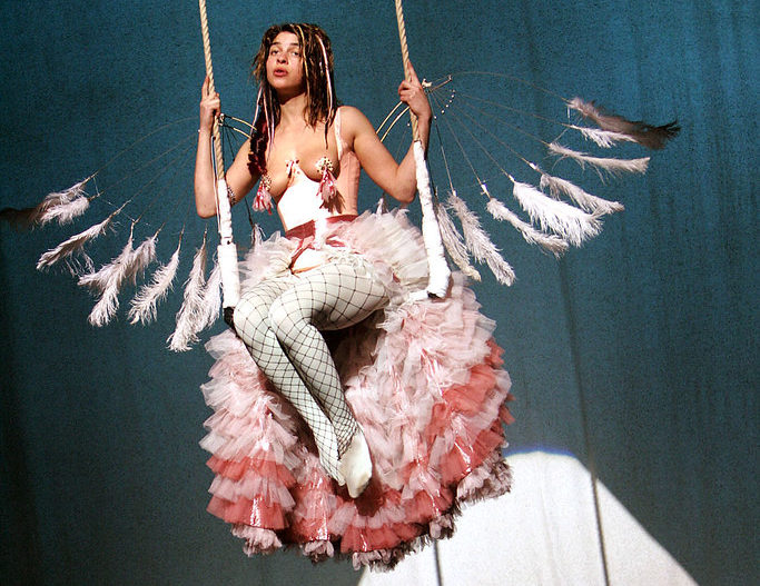 Natalie Tena in Kneehigh's 2006 adaptation of Nights at the Circus