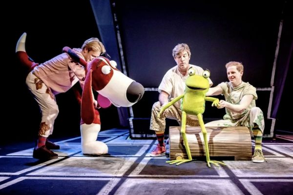 Oi Frog and Friends at Lyric Theatre