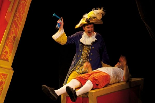 Potted Panto at Southwark Playhouse