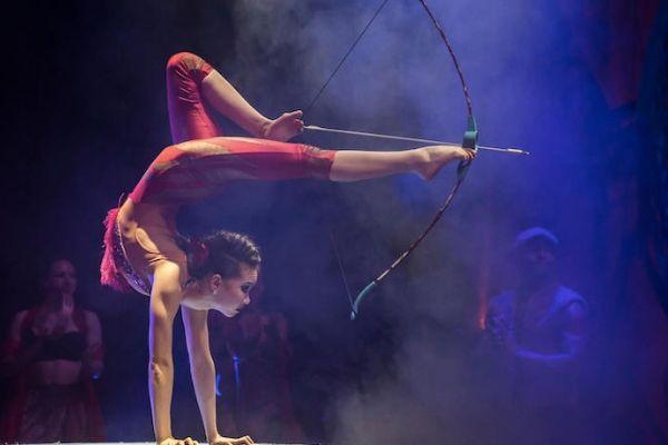 Cirque Beserk touring