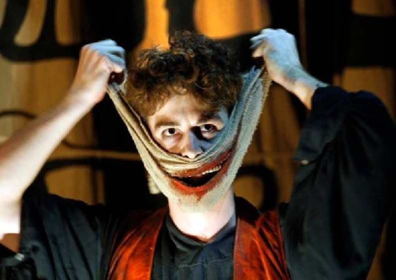 The Grinning Man transfers from Bristol Old Vic to the West End's Trafalgar Studios
