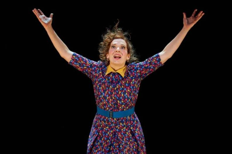 Katherine Parkinson in Shoe Lady at the Royal Court Theatre