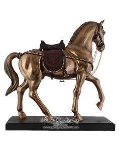 Noble-Horse-180