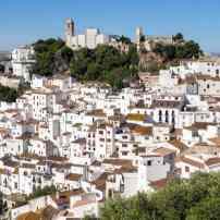 Le-village-blanc-de-Casares-Malaga