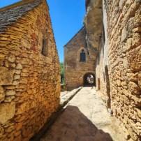 Village troglodyte de la Madeleine