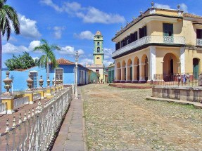 plaza mayor a trinidad