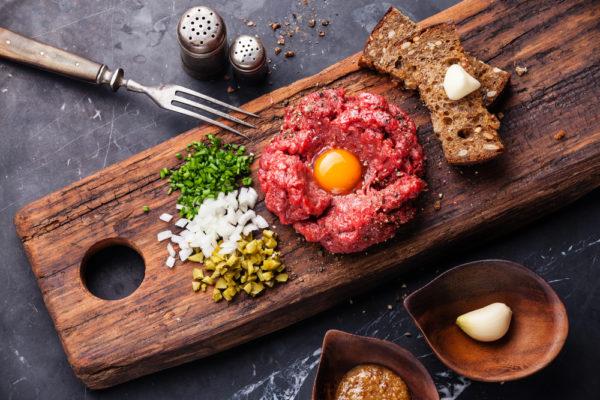 De beste steak tartare van Amsterdam