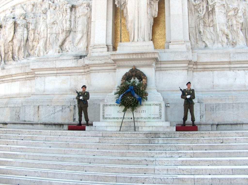 Guardia al milite Ignoto - Unknown soldier gua - republic dayrd