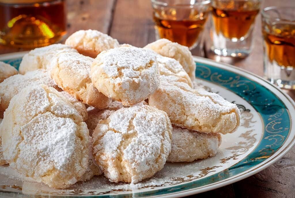 ricciarelli Christmas cakes my travel in tuscany