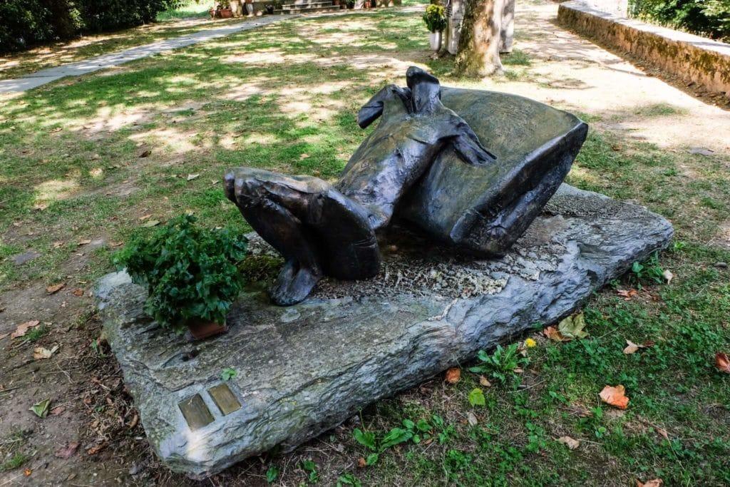 sculpture Sant'Anna di Stazzema