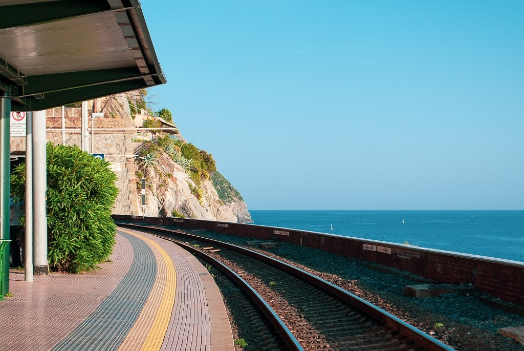 From Florence to Cinque Terre by train