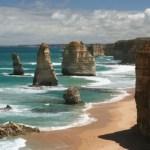 12, Двенадцать апостолов (The Twelve Apostles) — известняковые скалы в Национальном парке Порт-Кемпбелл, Австралия