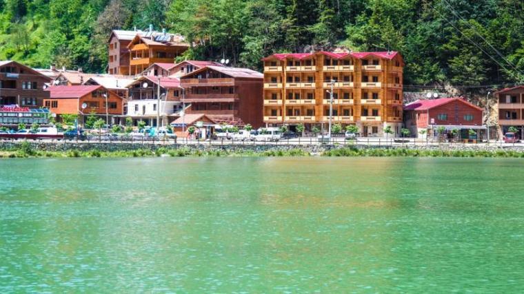 حجز فندق جراند اوزنجول مطل على بحيرة اوزنجول بافضل الاسعار 2017