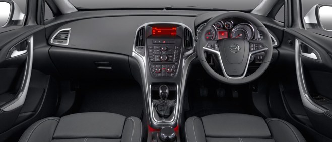 ZA_Opel_Astra_Sedan_gallery-interiorView_stage992x425