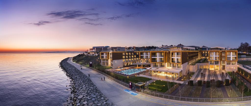 فندق كراوان بلازا فلوريا
