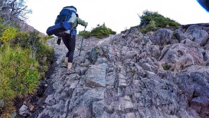 hiking-torres-del-paine