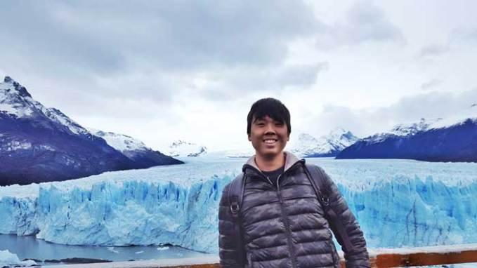 perito-moreno-glacier-selfie