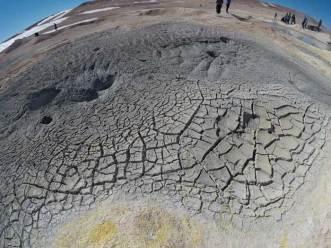 geyser-cracks