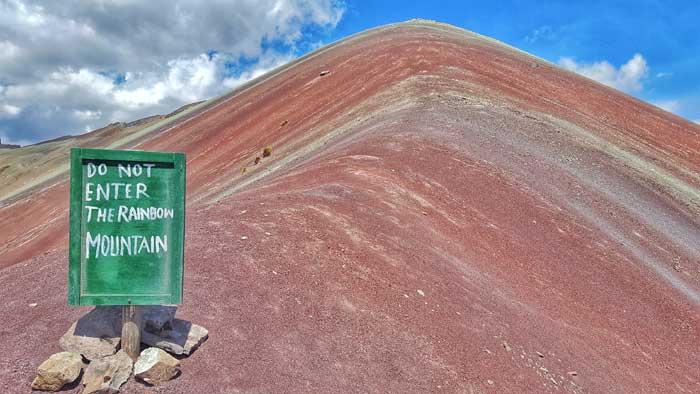 do-not-enter-rainbow-mountain