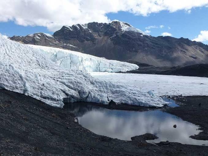 pastoruri glacier clear-day