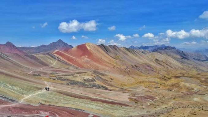 views-at-rainbow-mountain