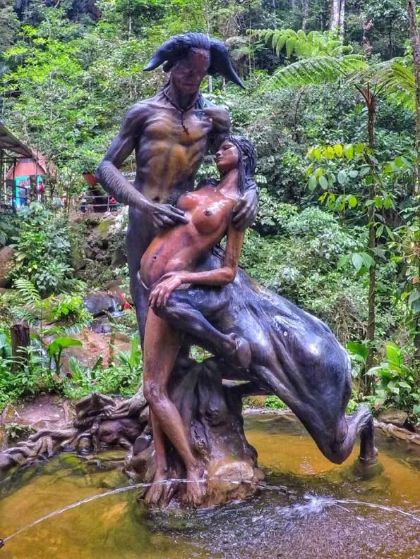 Ahuashiyacu-statue