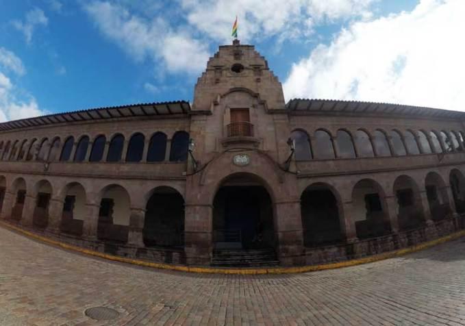 cusco-city-town-hall