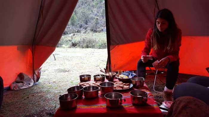 dinner-in-tent