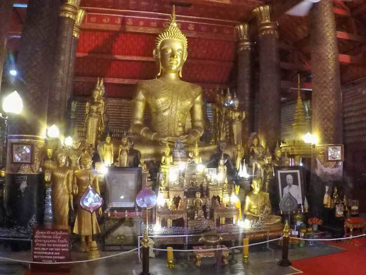 Inside-a-Lao-Temple