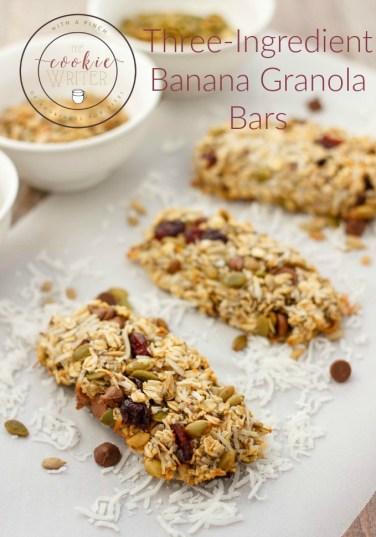 Three-Ingredient-Banana-Granola-Bars-healthy-threeingredients