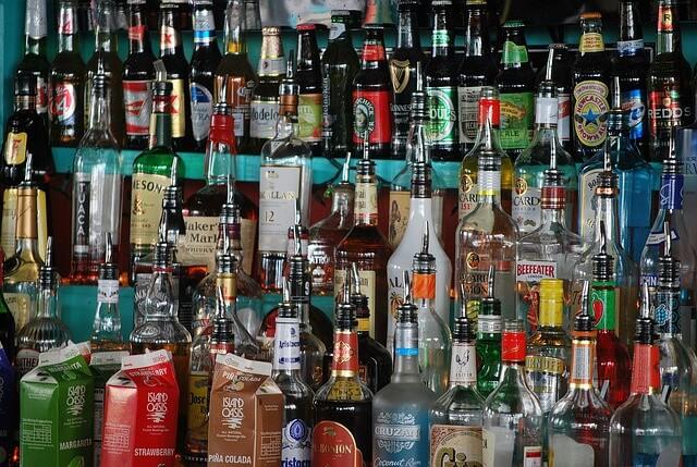 liquor-429428_640
