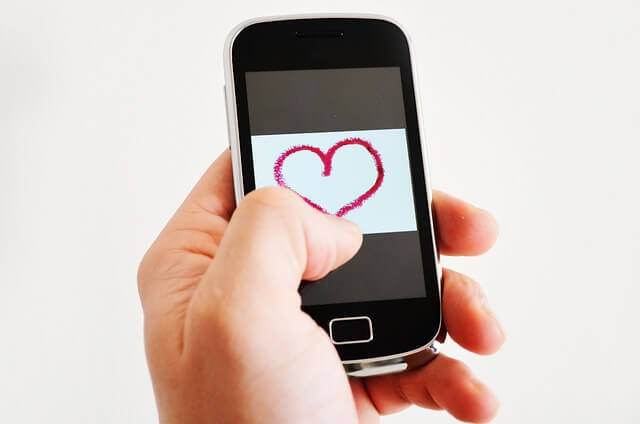 love-163851_640