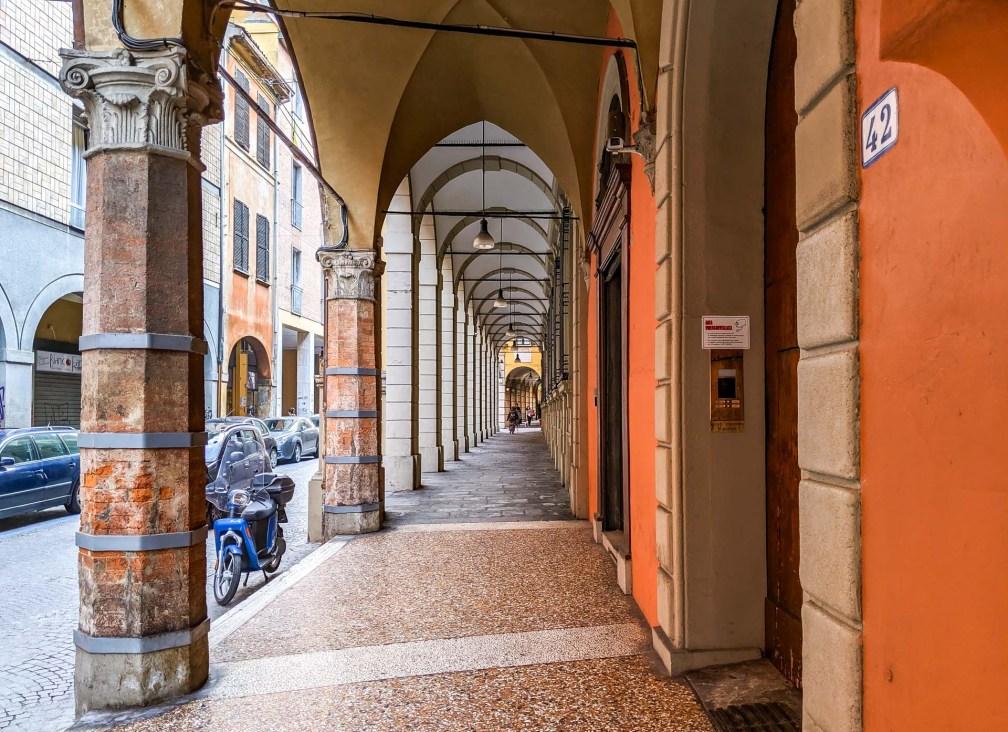 porticoes