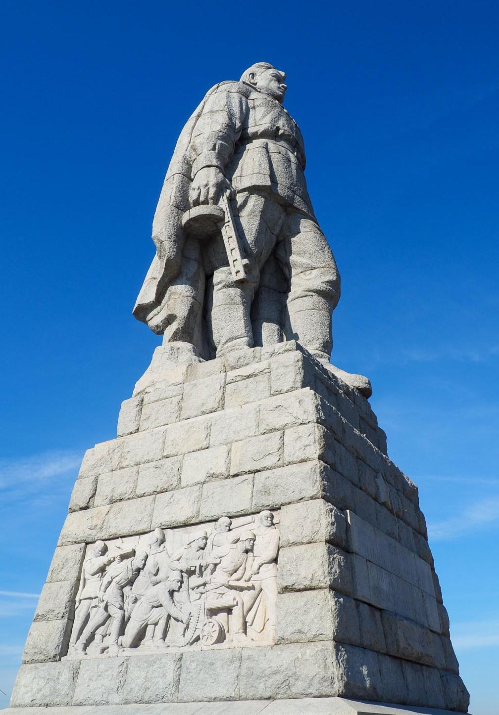 Alyosha Monument