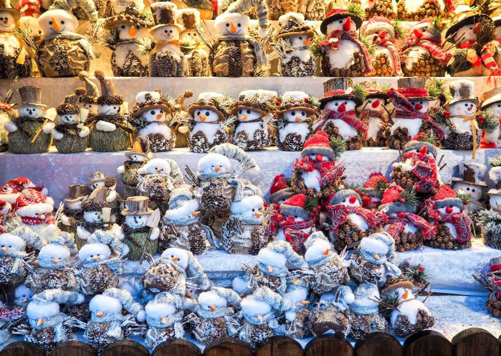 Weihnachtsmarkt Spandau рождественские ярмарки в Берлине Лучшие рождественские ярмарки в Берлине christmas toys snowmen