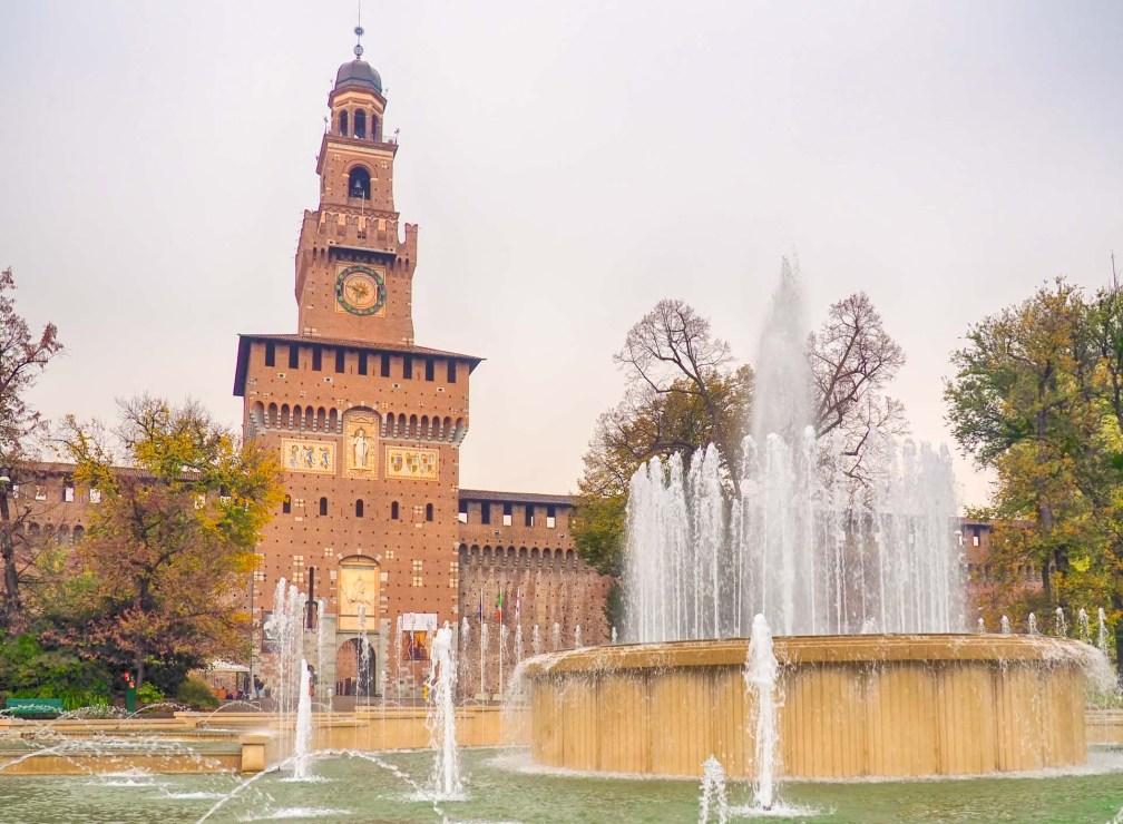 Замок Сфорца Милан за один день Как посетить Милан за один день? milan sforza castle
