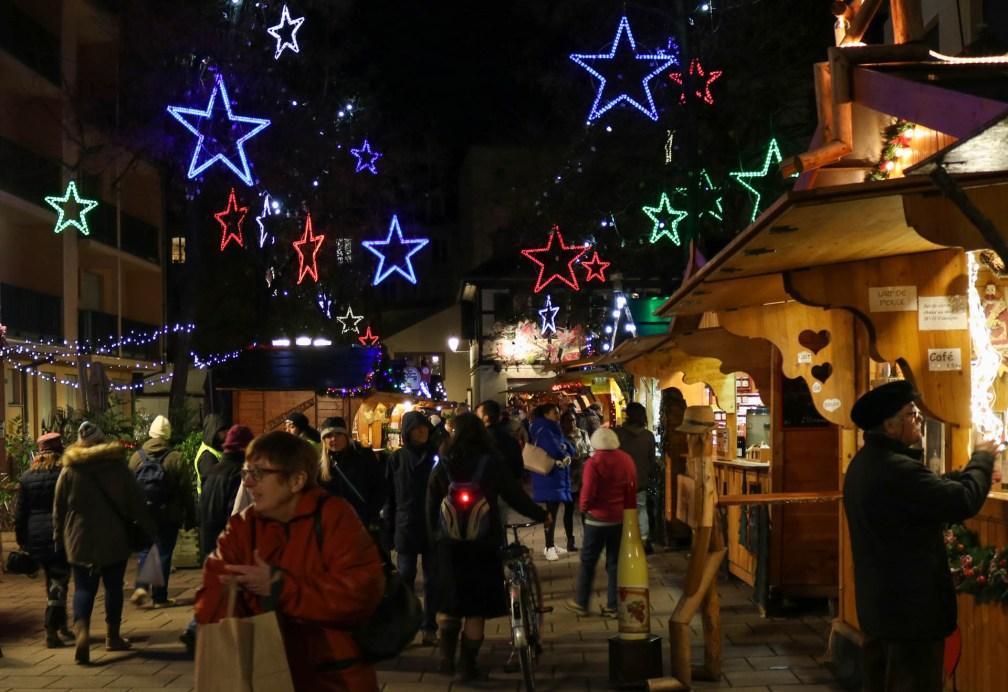 Площадь Менье Страсбургские рождественские ярмарки Почему вы должны посетить Страсбургские рождественские ярмарки strasbourg place meuniers