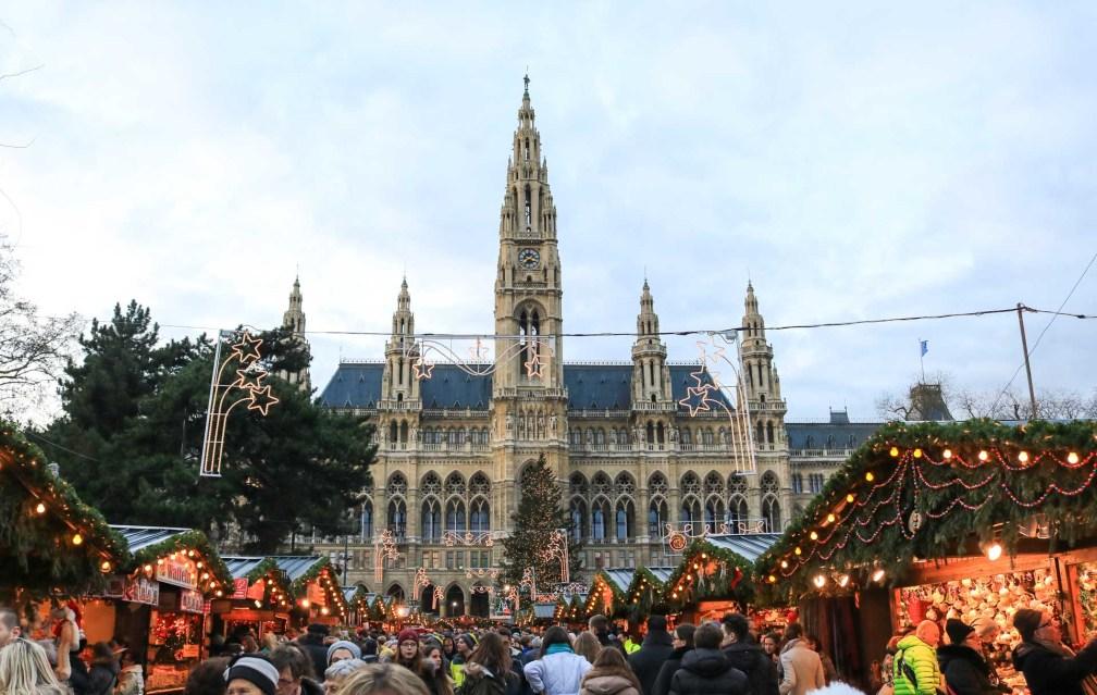 Рождественский мир Rathaus рождественские рынки в Вене Лучшие рождественские рынки в Вене vienna christmas world