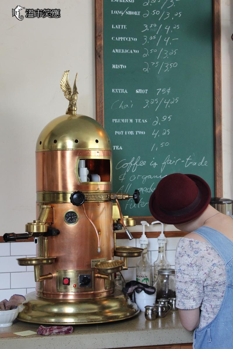 {溫哥華咖啡館} 柑仔店裡的古董咖啡機 Finch's Market Cafe