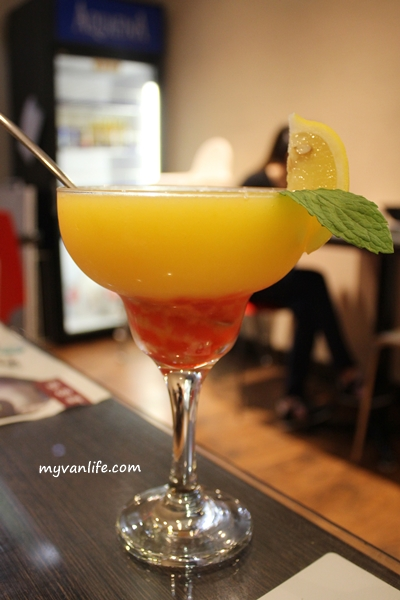 RestaurantIMG_5978TriBull