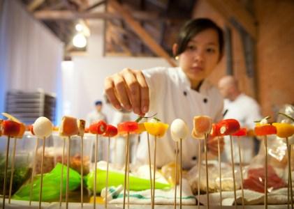 {好康活動} 今年的溫哥華美食節,讓溫哥華旅遊局請客吧!