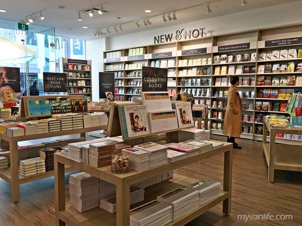 bookstoreIMG_3178indigospirit