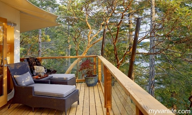 resortRockH2o_Tenthouse Veranda by DayRockwater