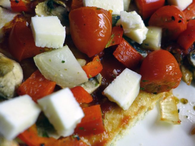 pizza-with-greeky-style