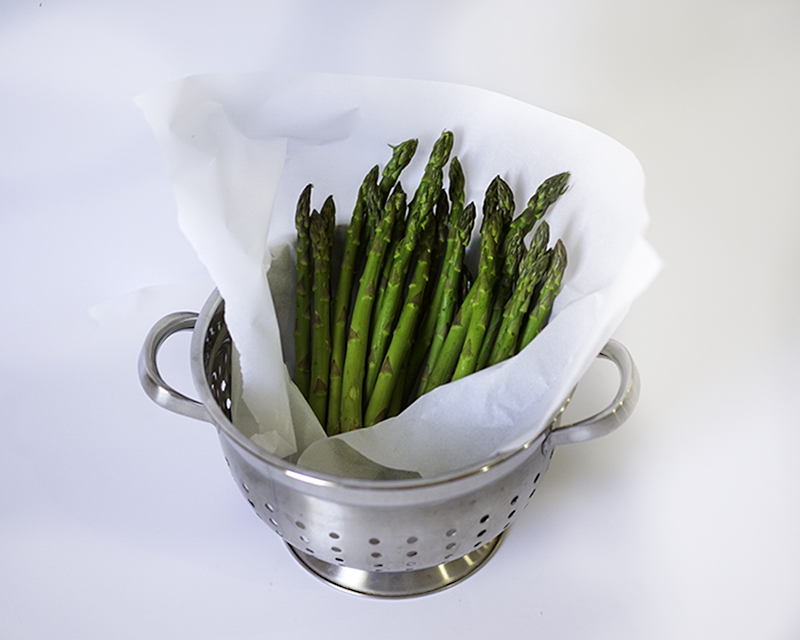 Easy Oven Roasted Garlic Lemon Asparagus #myvegetarianfamily