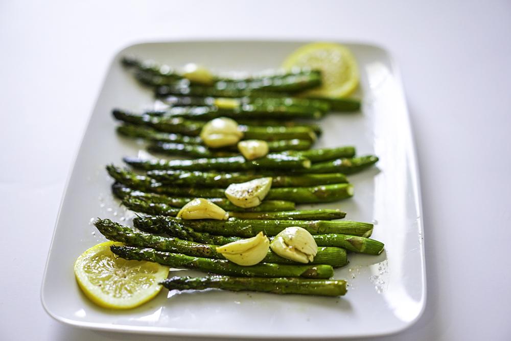 Easy Oven Roasted Garlic Lemon Asparagus