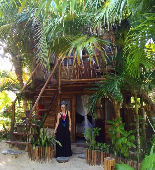 bali-beach-hut-tulum