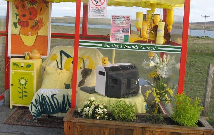 scotland funny bus stop