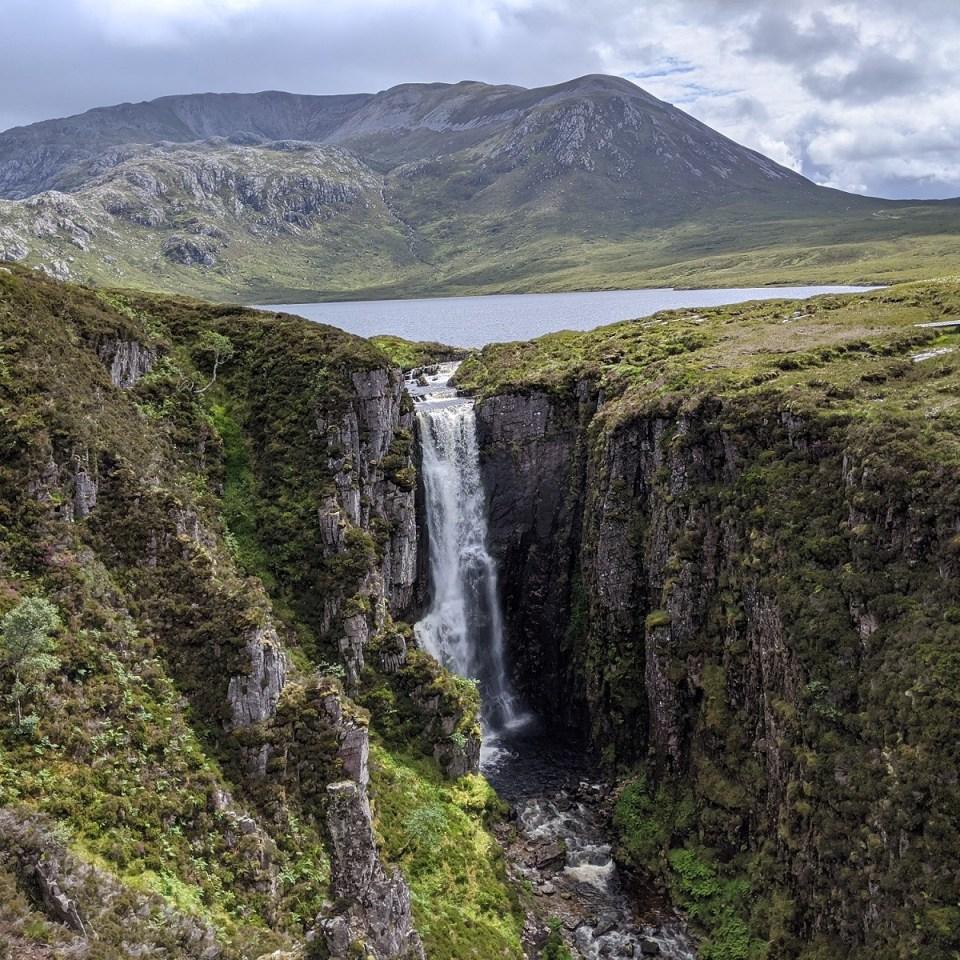 wailing widow falls waterfall